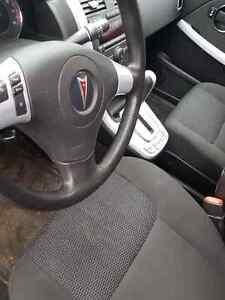 2007 Pontiac Torrent AWD MINT CONDITION $4900 St. John's Newfoundland image 3