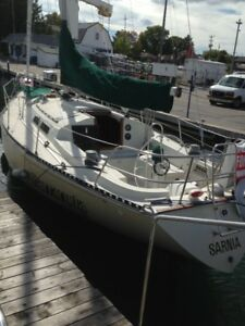 Excellent yacht needs new home and owner.