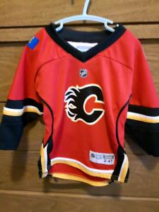 Reebok kids 2-4T Calgary Flames Jersey