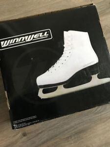 Ice skates - size 7