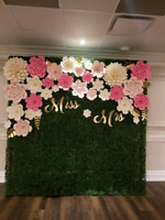 GRASS WALL / BOXWOOD & FLOWER WALL RENTALS- WEDDING DECOR