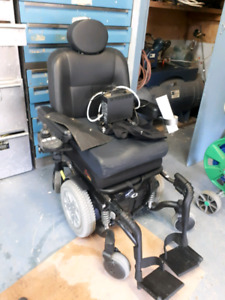 Chaise roulante électrique à vendre