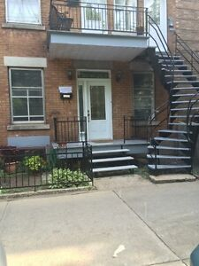 61/2 for rent in the plateau