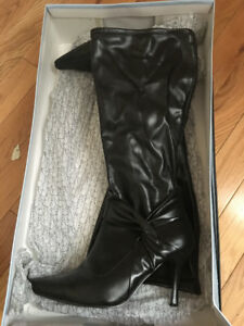Ladies High Heel Boots
