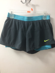 Woman large grey Nike quick dry shorts