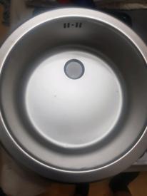 Small round sink