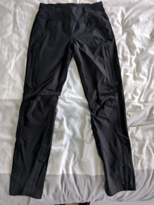 Lululemon Beat The Sleet Pant  Black Size 6