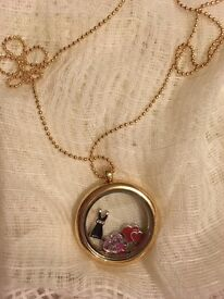 Floating Charm Memory Lockets