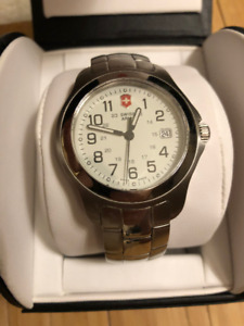 Watches, men and womens - new and used