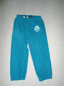 Roots Capri Length Size Small Sweatpants - Teal size Small