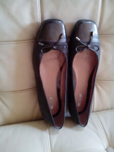NEW GEOX womens leather ballet flats size 9