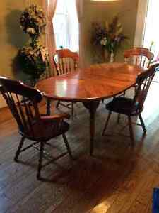 Solid Pine Wood Table and Chairs with matching Buffet and Hutch