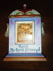 Bereavement Containers for Pet Cremains