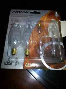 4 clear chandelier light bulbs with candelabra base Cambridge Kitchener Area image 1