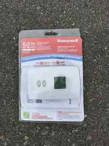 Programmable thermostat! - unused