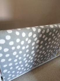 Rug - grey white spot