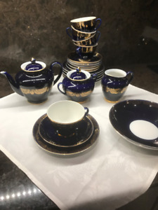 Collectables Russian China Set for 6