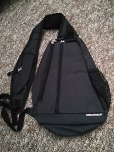 Swiss Gear shoulder strap bag!