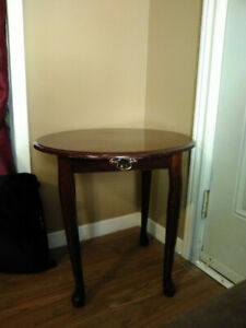 Selling end tables