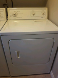 Kenmore dryer in excellent condition Asking 150$ or best offer