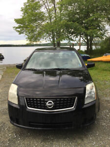 2009 Nissan Sentra very good driving car and easy on gas