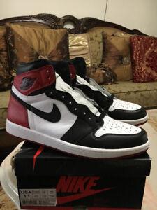 Air Jordan Black Toe 1s Size 11