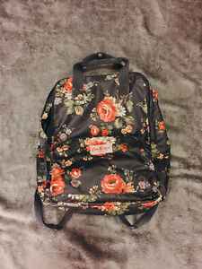 Women's accessories / household items