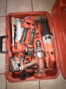 Milwaukee Heavy Duty 5 Pc professional tool set w 3 batteries