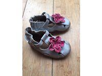 Brand new baby girl Robert soft shoes