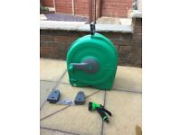 Hoselock quick reel 40-50 metre wall mount hose pipe as new