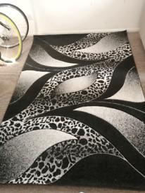 Black and white rug, carpet 230/160 cm