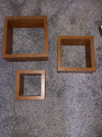 REDUCED- Set of 3 Shelving/ Display