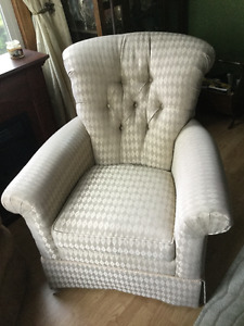 Beautiful Occasional Living Room Chair....Canadian Made