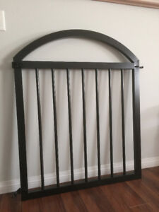 ARCHED GATE - LIGHT WGHT - DECK, STAIRWELL, BABY, PET