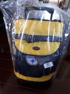 Pittsburgh Steelers cooler bag with wheels and pull handle