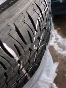Jeep rims with tires (x4) P/215/60/R17 Firestone