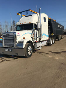 2002 Freightliner Classic  with Wet Line