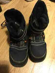 Clothing, boots, coats, snowpants Boys size 9 months - 5T Kingston Kingston Area image 4