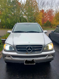 2003 Mercedes-Benz M-Class ML500 (4x4) SUV, Crossover