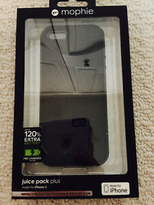 Mophie Juice Pack Plus for iPhone 5 New in Box