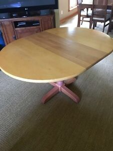 "42"" Alderwood Table with 15"" leaf + 4 Matching Chairs"