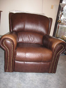Leather Lazyboy Coach and Chair