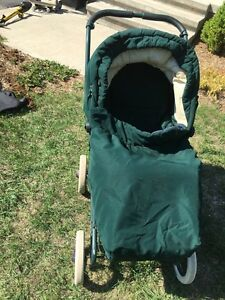 Give your Baby a LUXURY Ride with this Classic Stroller Kingston Kingston Area image 2