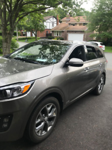 2016 KIA Sorento 2L Turbo SX trim