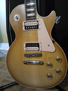 """PRISTINE ""  2012 Gibson Les Paul Standard  Electric Guitar"