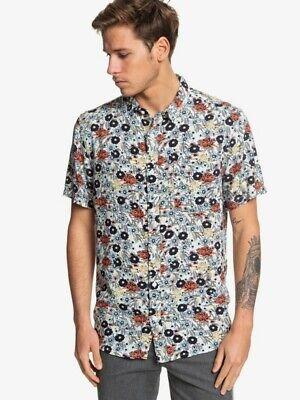 $55 Quiksilver Men's Size M Fluid Geometric Short Sleeve Button-Up Summer NWT