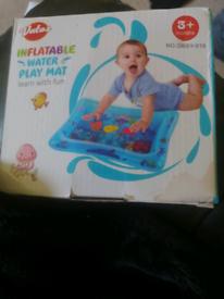 Baby play water matt