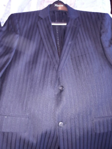 Guy Laroche Men's Two Piece Suit - Perfect Condition