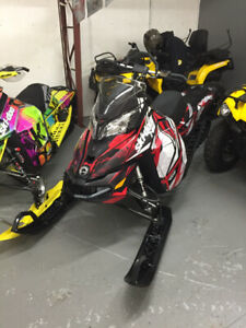 "2016 SkiDoo 800 Summit SP 163, 2.5"" paddle, 700kms"