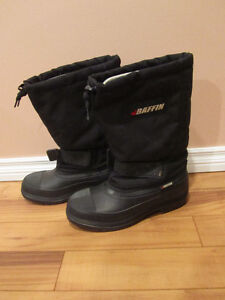 Size 11 (womens) OR Size 9 (Mens) Baffin Winter Boots
